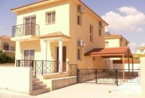 2 Bedroom Villa  For Rent Ref. CL-9499 - Oroklini, Larnaca