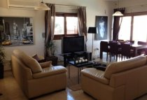 3 Bedroom Villa  For Rent Ref. CL-8947 - Dekeleia Tourist, Larnaca