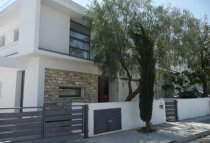 3 Bedroom Villa  For Rent Ref. CL-9276 - Dekeleia Tourist, Larnaca