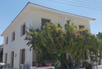 3 Bedroom Villa  For Rent Ref. CL-9191 - Livadia, Larnaca