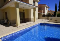 3 Bedroom Villa  For Rent Ref. CL-9626 - Oroklini, Larnaca