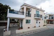 4 Bedroom Villa  For Rent Ref. GH2251 - Dekeleia Tourist, Larnaca